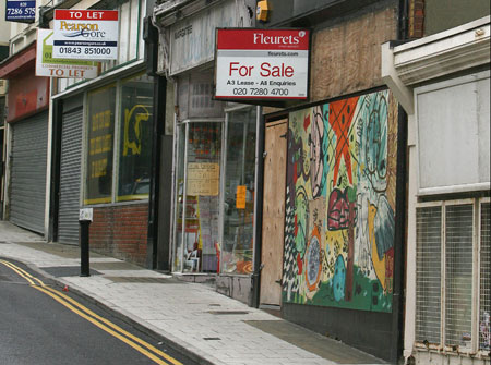 Big landlords must think long and hard, Landlords must reduce rates or face high street exodus