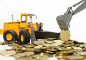 How should builders and tradesmen collect overdue debts?